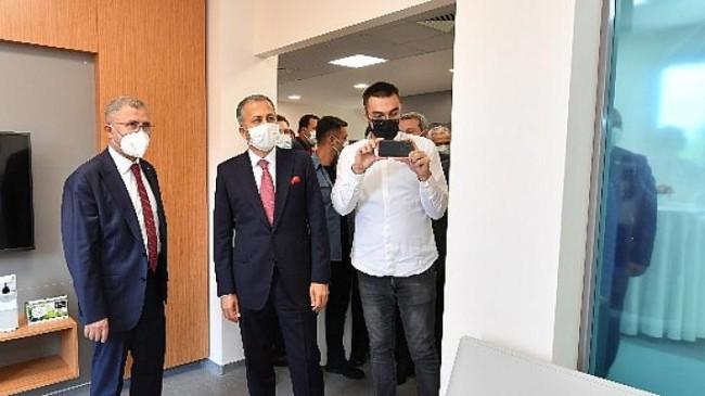 Sağlık Bakanlığı ve Üsküdar Belediyesi Türkiye'de bir ilke daha imza attı