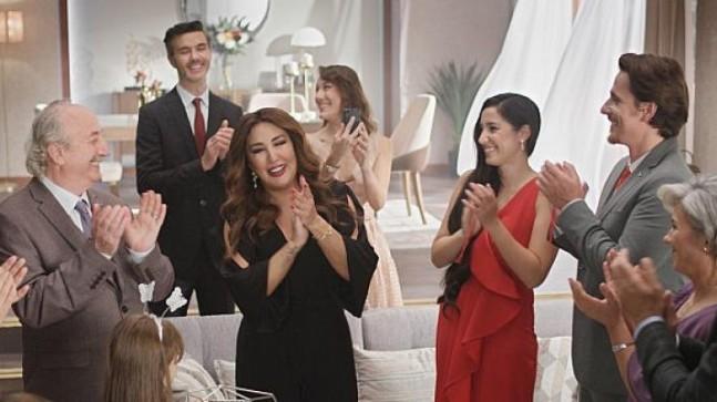 Kelebek Mobilya Yeni Reklam Filminde Nükhet Duru İle Yeni Yuva Kuranlara Mutluluklar Diliyor